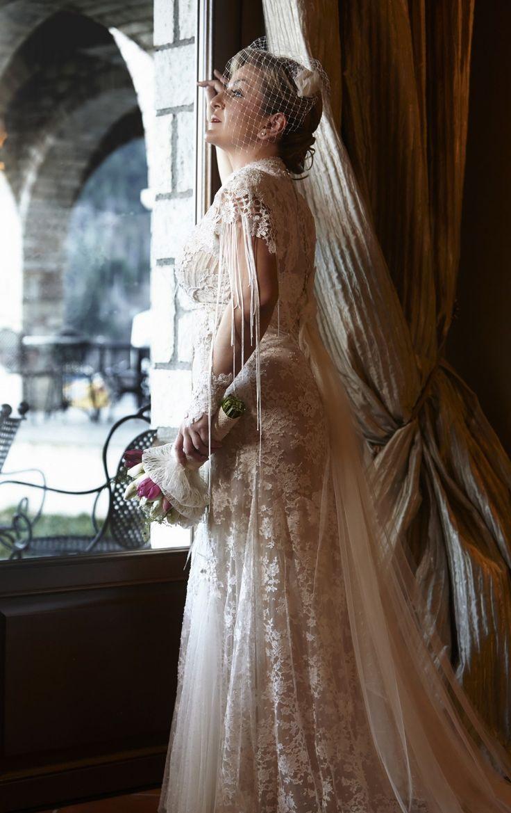 Wedding Vintage Stunning Bride Lace Bouquet Photoshooting