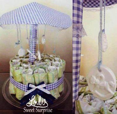 Diaper carousel Diaper cake #Loulis_Sweet_Surprise