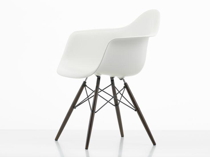 Vitra DAW Eames Plastic Armchair Dark Maple Base
