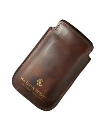 A fine Scotch needs a leather accessory