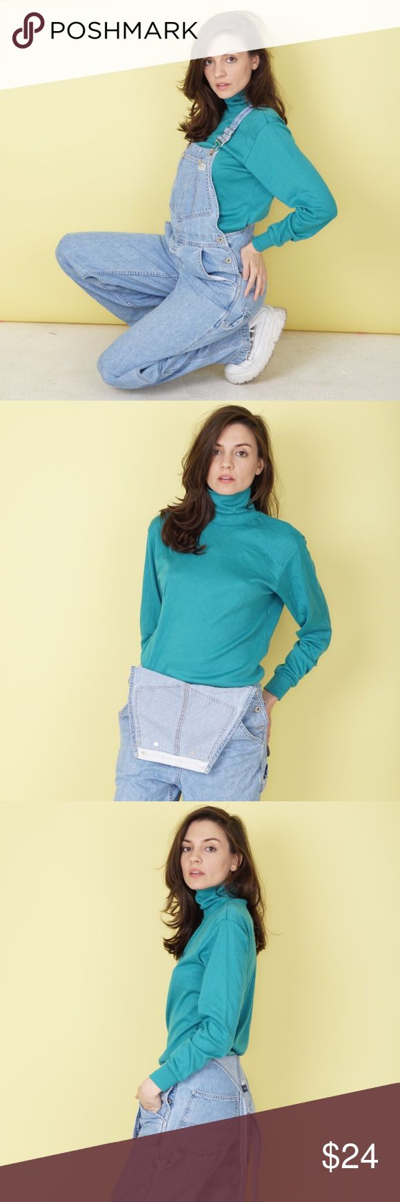 """80s green turtleneck Vintage 80s Bobbie Brooks sport turtleneck with original tag still attached. 50% Cotton, 50% Polyester. Made in USA. Excellent Condition. Size marked S; bust 37"""", waist 34"""", sleeve length 21.5"""", shoulder seam 2 seam 17"""", length 25"""". Shirt run large; please refer to measurements. Vintage Tops Tees - Long Sleeve"""