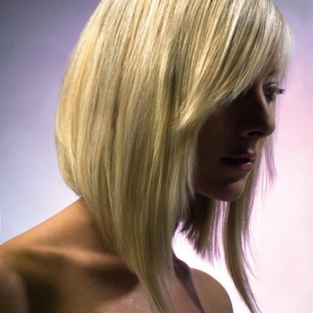 die 25 besten ideen zu langer blonder bob auf pinterest langer bob blond blonde kurze haare. Black Bedroom Furniture Sets. Home Design Ideas