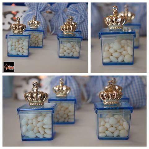 Caixinhas de acrílico com aplicação de coroa para encher de gostosuras e decorar e encantar a festa do seu príncipe! #lembrancinhas #caixasdeacrílico #coroas #príncipes #festas #festainfantil #chádebebê #aniversário #personalizados #artigosparafesta #boutiquedafesta