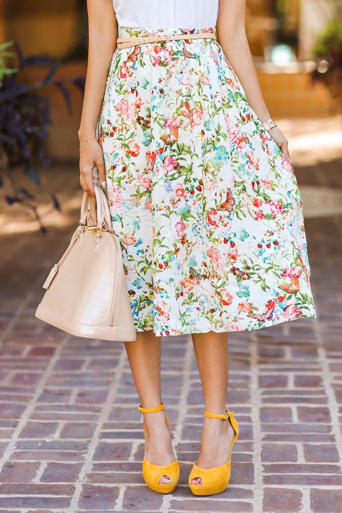 Florals and bright shoes. #summer #fashion