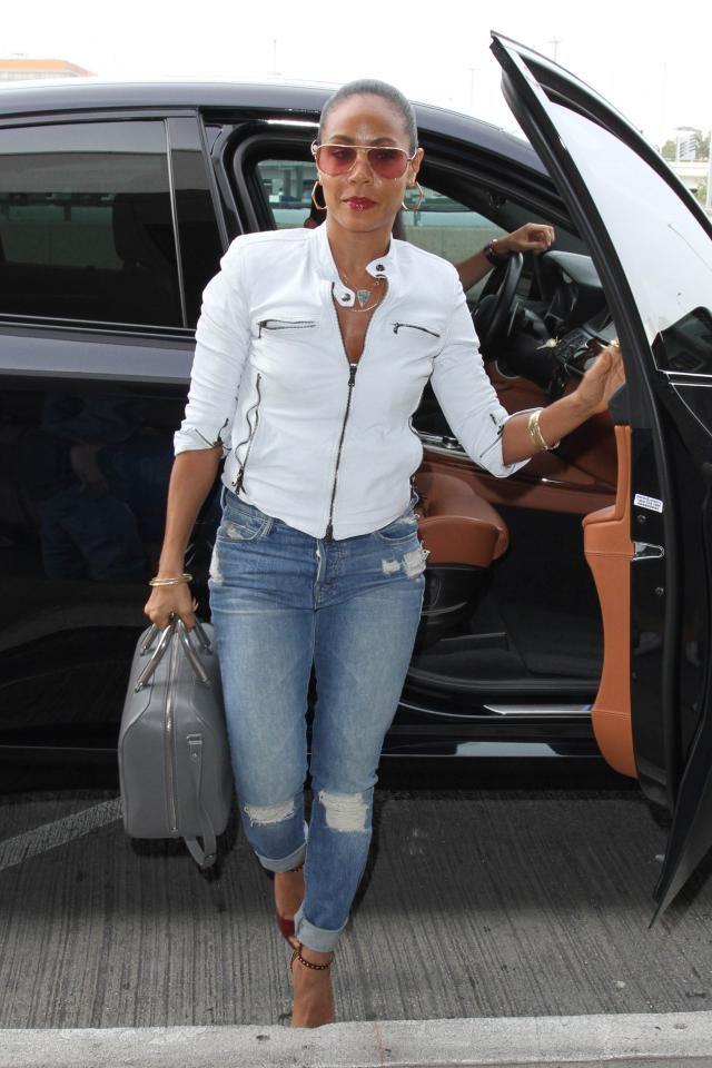 10 Celebrities Over 40 Who Look Amazeballs in Jeans: Jada Pinkett Smith - Invest in Accessories