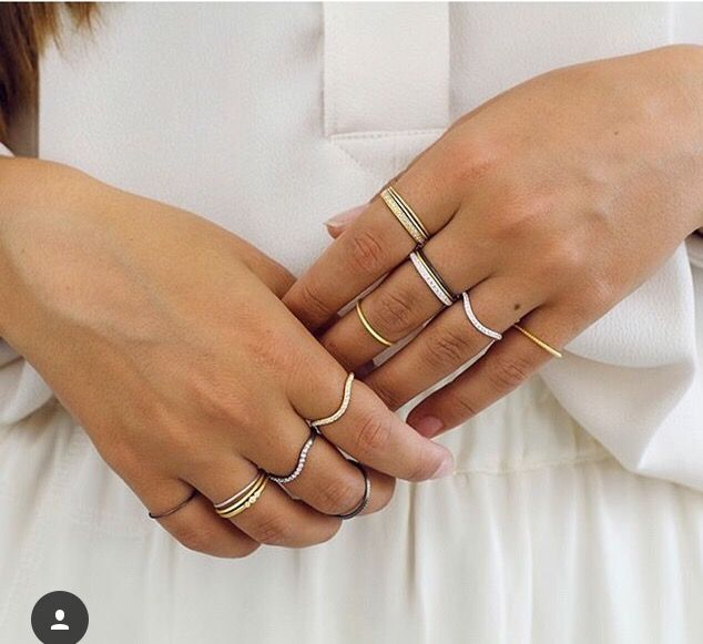 #fingerrings #jewlery #diy #silver #gold #fashion #pretty #tan #multiple #rings #diyfashion