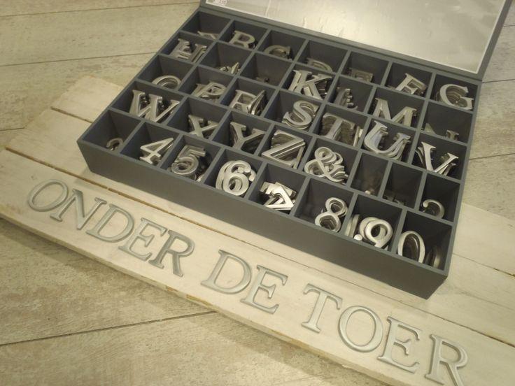 Aluminium letters voor binnen & buiten.