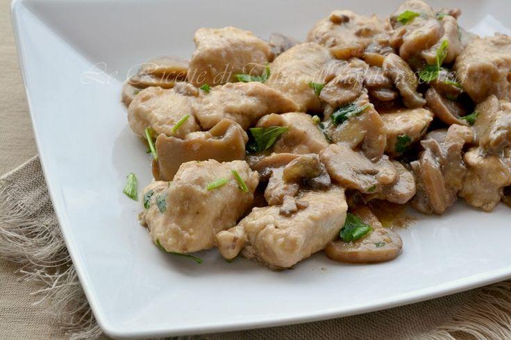 Pollo con funghi