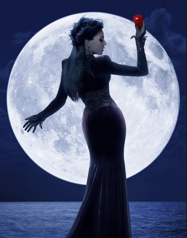 'Once Upon a Time' Season 3: Lana Parrilla as The Evil Queen / Regina
