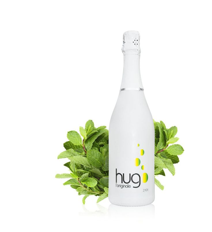 """Hug l'originale is a ready to pour Italian sparkling wine cocktail; reminiscent of a """"Summer Day in a Bottle"""".  A unique balance of premium quality Italian Glera and Pinot Grigio Grapes, expertly infused with natural elderflower, mint extracts and pure lemon juice."""