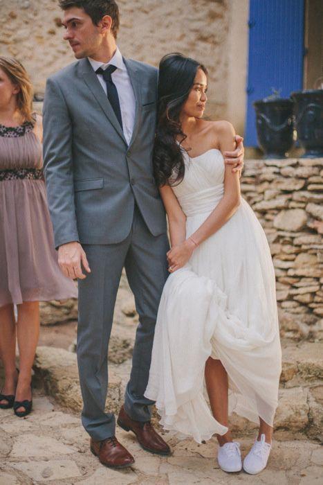 ドレスに合わせて白いスニーカーはいかが❤︎ナチュラル・スタイリッシュな花嫁さんにおすすめの一覧総まとめ♪