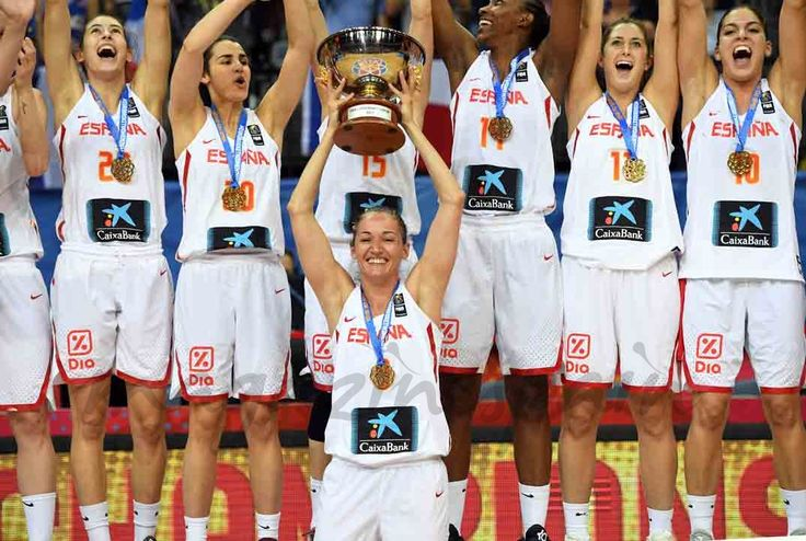 La selección española femenina de baloncesto venció a Francia y se convirtió en campeona de Europa por tercera vez.