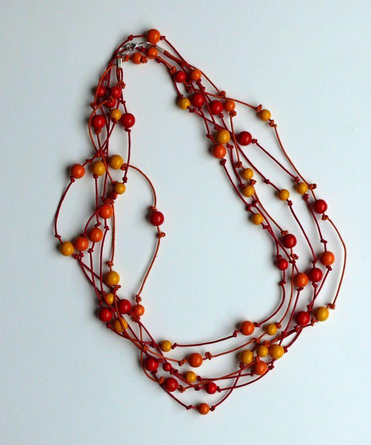 Náhrdelník+žluto-červeno-oranžový+průměr+58+cm+dřevěné+korálky+1+cm,+8+mm,+6+mm,+4+mm+lze+nosit+na+2krát+ale+i+na+3krát+přímo+u+krku