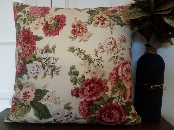 Throw Pillow Cover.Pillow Covers.Accent Pillows.Cushion Covers.Flower Decor Decorative Pillows.Kilim Pillow.Boho Pillow.Home Decor Pillow.