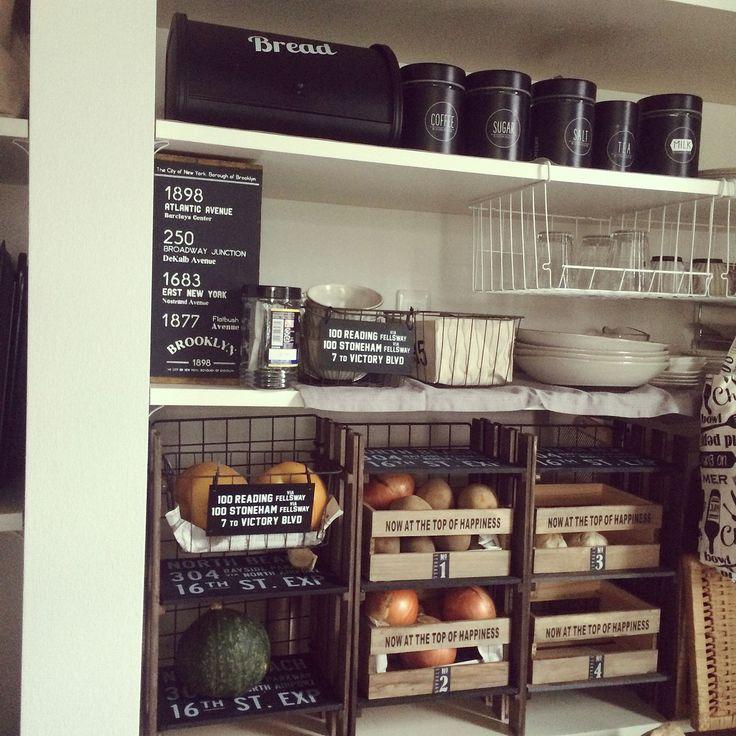 棚/BREAD缶/BREADケース/フォローありがとうございます❤️/野菜ストッカー…などのインテリア実例 - 2016-09-28 00:52:49   RoomClip(ルームクリップ)
