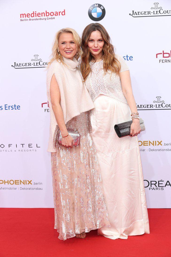 Pin for Later: Seht alle Stars auf dem roten Teppich beim Deutschen Filmpreis Nova Meierhenrich und Mina Tander