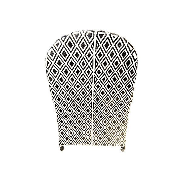 Pre-Owned African Yoruba Glass Beaded Chair ($4,435) ❤ liked on Polyvore featuring home, furniture, chairs, accent chairs, second hand chairs, patterned chair, secondhand furniture, black and white accent chair and patterned accent chairs