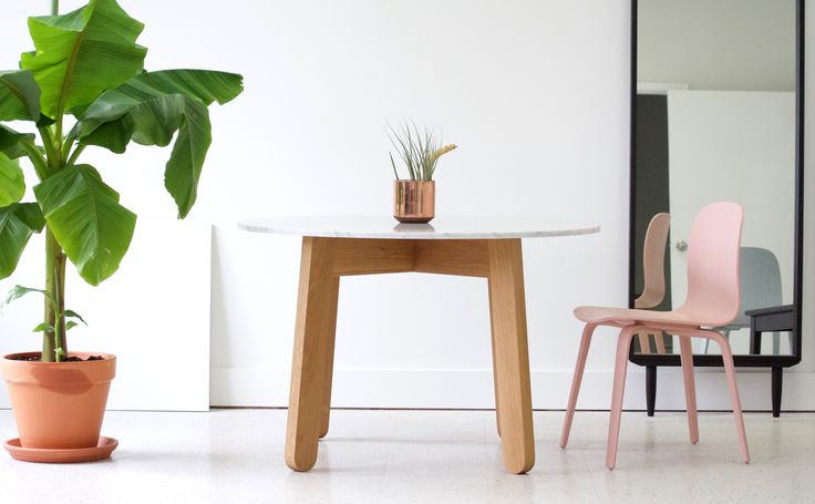 Stir Round Dining Table in oak with Carrara Marble Top