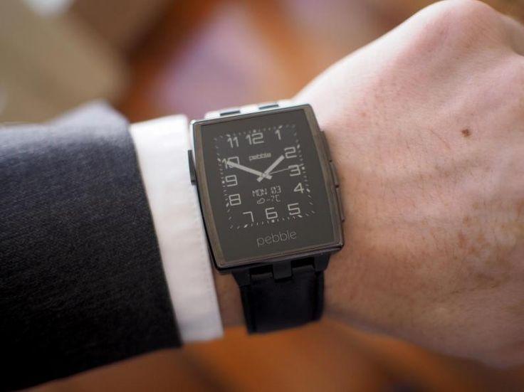 #Smartwatch #Pebble Steel Black. Montre E-Paper connectée pour #iPhone & #Android. Connexion #Bluetooth. Rechargeable par #USB, 7 jours d'autonomie. Étanche 50m, vibreur, accéléromètre, boussole. Personnalisation des cadrans et applications : présentation du numéro d'appel, #notifications #push, contrôle de la musique, exploitation du GPS du smartphone, compteur de vitesse, course à pied... #watch #clock #waterproof #BTLE #EDC