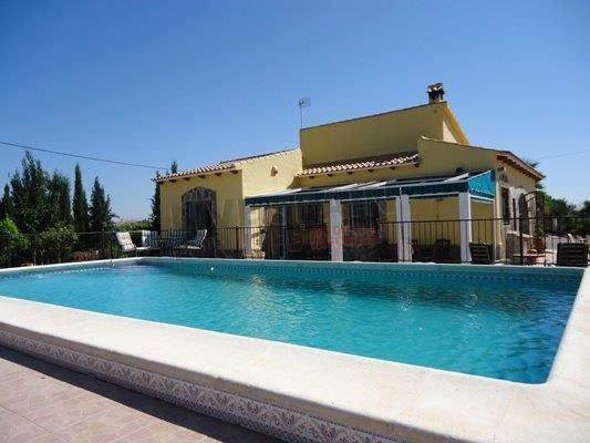SOLD! REDUCED! 3 bed with pool near Catral only 189000€  http://www.livespainforlife.com/property/3651/country-house/resale/spain/catral/catral/ (Ref: Call TS)