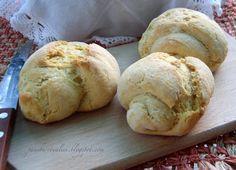 Pane, burro e alici: Panini con farina di mais e malto d'orzo