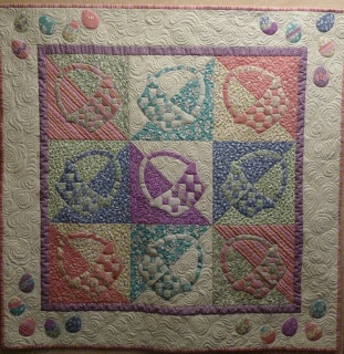 Easter quilt: Baskets Quilt, Quilty Stuff, Quilts Easter, Quilt Ideas, Seasonal Quilts, Easter Baskets, Easter Quilt, Quilt Baskets