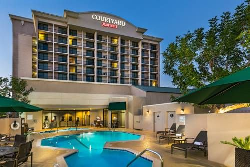 Courtyard by Marriott Los Angeles Pasadena/Monrovia Monrovia (California) Toyota Speedway at Irwindale is a 10 minute drive from this Monrovia, California hotel. It features an outdoor pool with hot tub and rooms provide 32-inch flat-screen TVs and free Wi-Fi.