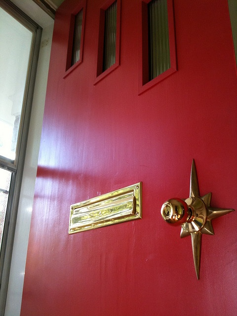 atomic star door escutcheon. My Aunt had this door! Reminds me of Christmases at her house.
