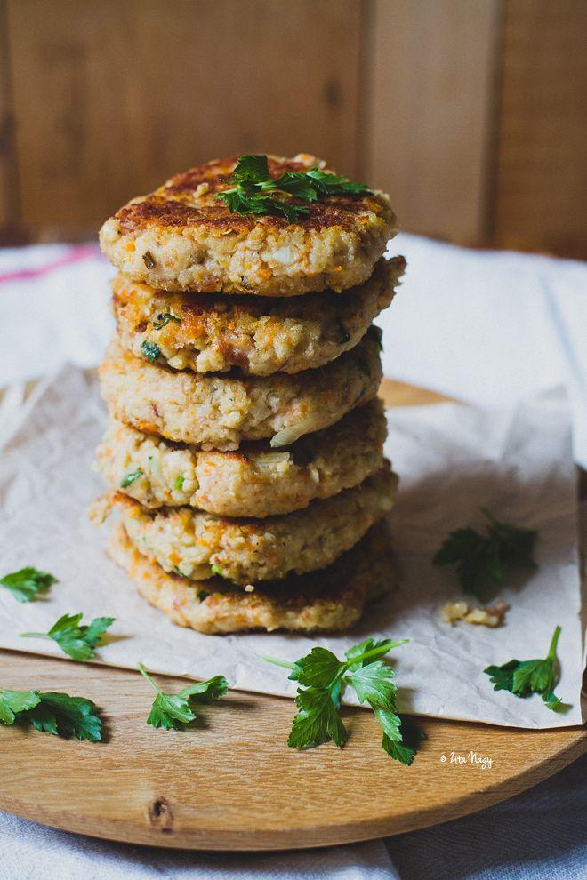 vegan bean-oat burger