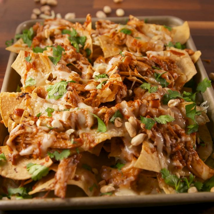 Nacho game has never been so strong. #food #appetizers #gameday #superbowl #nachos