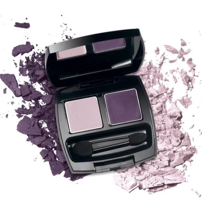 Show off your most alluring eyes with Avon's True Color Eyeshadow Duo's True Color Technology. On Special in Campaign 21 at www.deannasbeautyshop.com #avon #eyeshadow #makeup