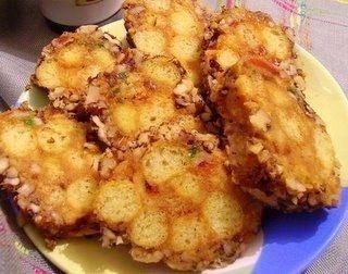 Фото к рецепту: Пирожное из кукурузных палочек