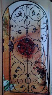 Ditta Brogani Maurizio. Lavori in ferro battuto e restauri in ferro, ottone, ghisa e alpacca: Coperture, gazebi, grate,cancelli e ringhire in ferro battuto