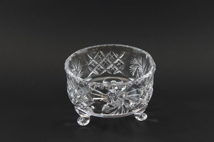 Pinwheel Crystal Three Footed Bowl In 2019 With A Past