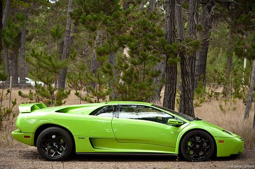 Lamborghini Diablo one of the fast and expensive car of the world