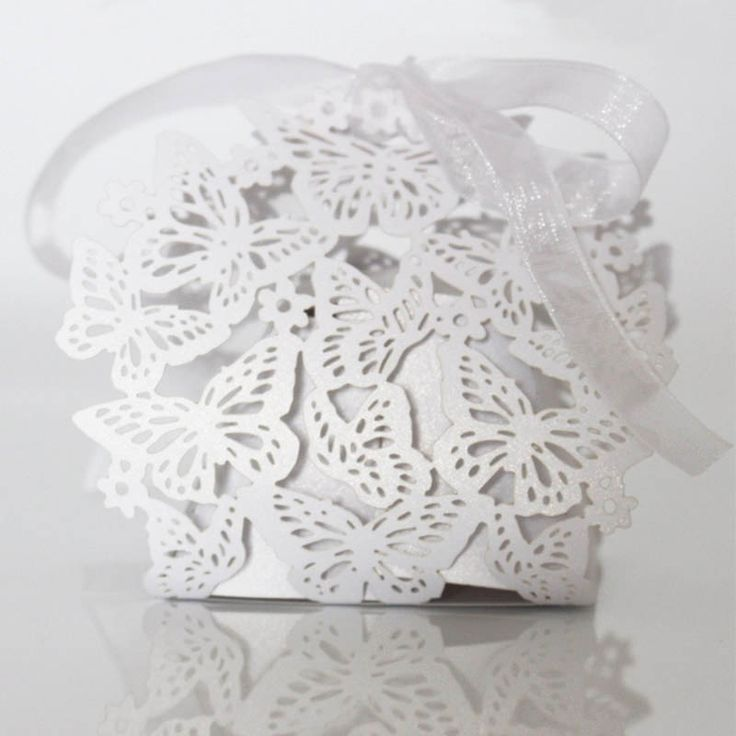 10pcs/lot Wedding Favors Candy Box Laser Cut Hollow Candy Chocolates Bag Baby Shower Birthday Invitations Gifts Bag Butterfly