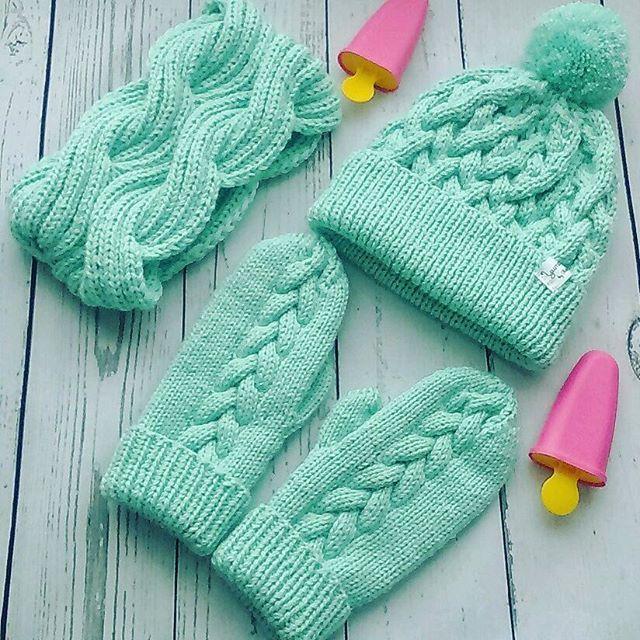 WEBSTA @ knitting_love777 - #шапкаснуд #варежки #шапка