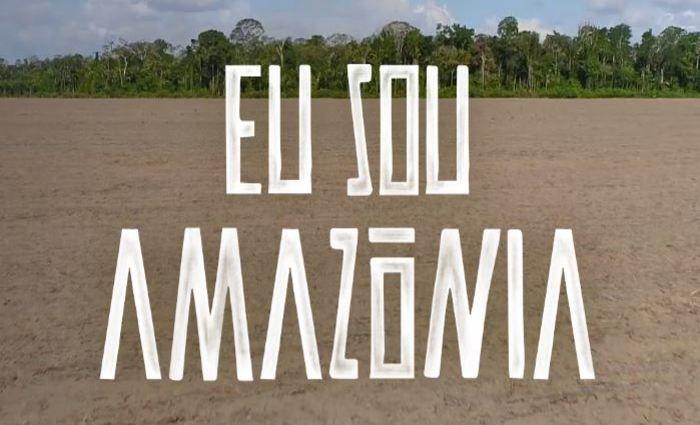 O material, que conta com produções do cineasta brasileiro Fernando Meirelles, e parceria com o Instituto Socioambiental, mostra o papel da floresta em vários