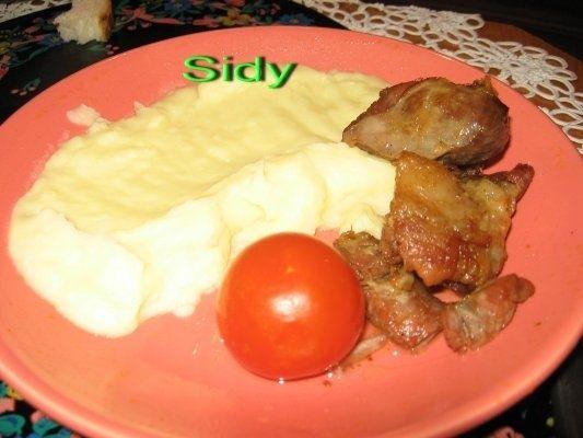 Reteta culinara Friptura de porc cu usturoi din categoriile Fripturi, Mancaruri cu carne. Cu specific romanesc.. Cum sa faci Friptura de porc cu usturoi