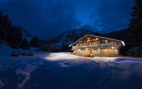 Frumusetea sarbatorilor intr-o cabana la munte, mai ales cand este vorba de Elvetia PORTES DU SOLEIL –ZONĂ DE SCHI FĂRĂ FRONTIERE  Schi nelimitat în adevăratul sens al cuvântului așteaptă schiorii în zona de schi Portes du Soleil. Motivul: Prin combinarea a două zone mari de schi în departamentul francez Haute-Savoie și cantonul elvețian Valais, schiorii vor găsi la dispoziție cea mai mare zonă de schi la nivel internațional.  http://mara-study.ro/uploads/products_2069/FullImage.pdf