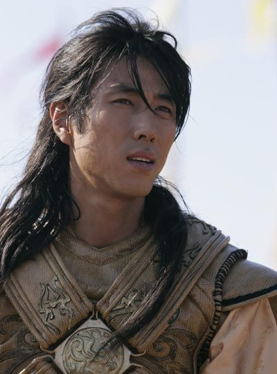 Yoon Tae Young in the k-drama The Legend.  Dreamy!