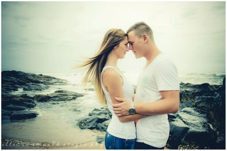 Beach Couple Shoot - illeErasmusPhotography
