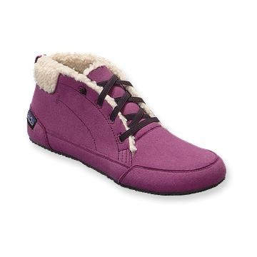 ChukkaPatagonia Women, Women Advocate, Shoes Fit, Winter Travel, Eco Shoes, Advocate Chukka, Woman Shoes, Patagonia Advocate, Patagonia Chukka