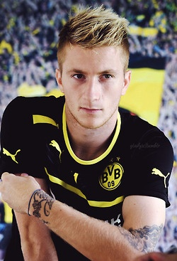 Reus hairstyle