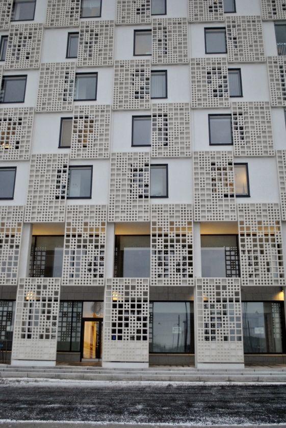 Julkisivu kuitubetonista, Länsisatamankatu 23 Jätkäsaari   A facade of fibrous concrete