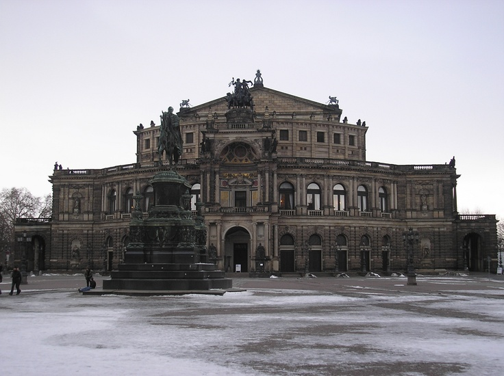 Semper Oper- Dresden, Sachsen, Germany (my photo)