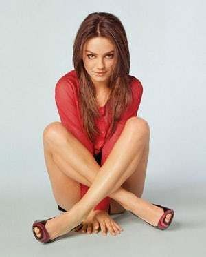 Photos of Mila Kunis, one of the hottest girls in movies and TV. There are few actresses as sexy and fun as Mila Kunis. I mean I'd Mila her Kunis (glad that joke is out of the way). So, in honor of one of the greatest and sexiest ladies in Hollywood, here are the sexiest Mila Kunis pictures, ...
