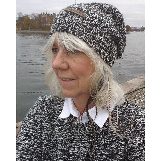 Holebrook all in - Love it #höst #höstmode #fashion #wool #kustliv #stickat #dam #herr #mössa #tröjor #holebrooksweden #merinoull #köpmangatan #gamlastan #stockholm