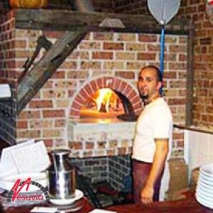 Il Casale Pizzeria Trattoria – Balmain, NSW  GR120 x 160 wood fired oven for commercial use, made in Italy by Valoriani and supplied by Vesuvio.   The owners of this quaint trattoria have gone for a rustic look to complement their interior and style of traditional, rustic Italian cooking.