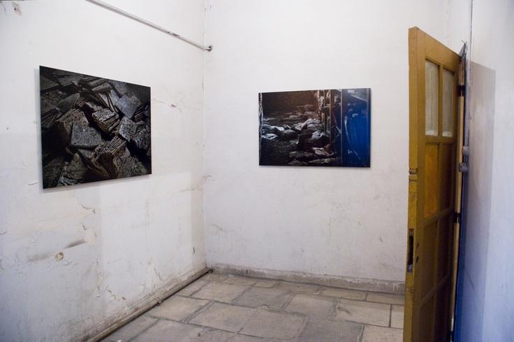 Γιάννης Μπουρνιάς Από τη σειρά Stream, 2011 3 C-Prints, 80×120 εκ. Ευγενική παραχώρηση του καλλιτέχνη Φωτογράφιση Σπύρος Στάβερης